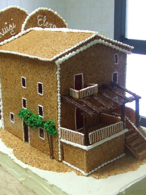 Villa realizzata con croccante di nocciole