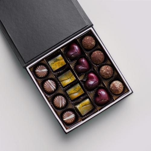 Confezione di cioccolatini 16 pezzi